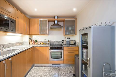 1 bedroom flat for sale - Caraway Apartments, 2 Cayenne Court, London
