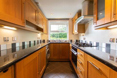 3 bedroom end of terrace house to rent - Alstone Mews, Cheltenham GL51 8EU
