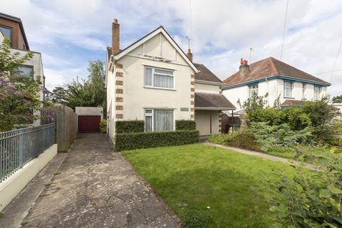 3 bedroom detached house for sale - Mead Road, Cheltenham GL53 7DZ