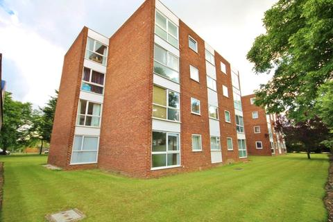 1 bedroom apartment for sale - Tasman Court, Sunbury On Thames, Middlesex, TW16