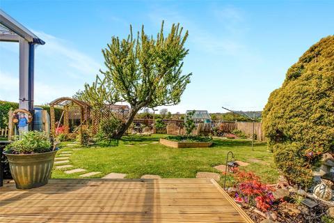 2 bedroom bungalow for sale - Tristram Close, Sompting, West Sussex, BN15