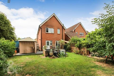 3 bedroom detached house for sale - Cardinal Close, Easton, Norwich