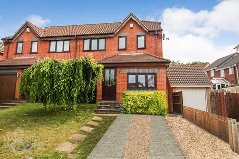 4 bedroom semi-detached house for sale - Thistledown Road, Horsford, Norwich