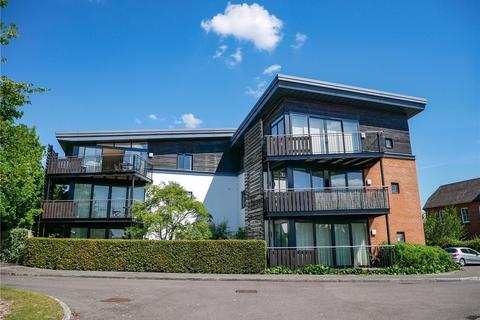 2 bedroom flat for sale - Maplespeen Court, Newbury, Berkshire, RG14