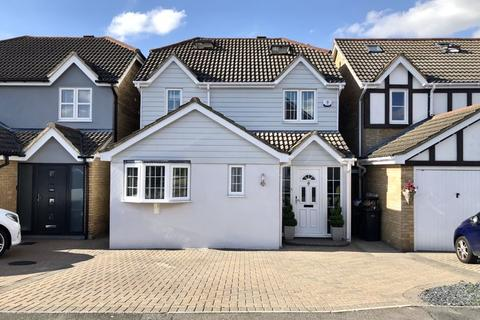 4 bedroom detached house for sale - Challinor, Church Langley