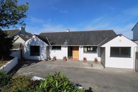 4 bedroom detached bungalow for sale - Bodmin Road, Truro