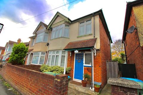 3 bedroom semi-detached house to rent - Foundry Lane, Southampton, SO15