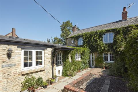 3 bedroom character property for sale - Henley Gardens, Bicester