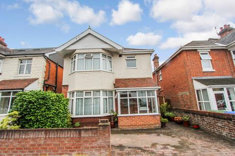 3 bedroom detached house for sale - Janson Road, Shirley, Southampton, SO15