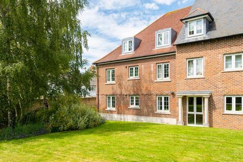 2 bedroom retirement property for sale - Wessex Way, Bicester, OX26 6AX