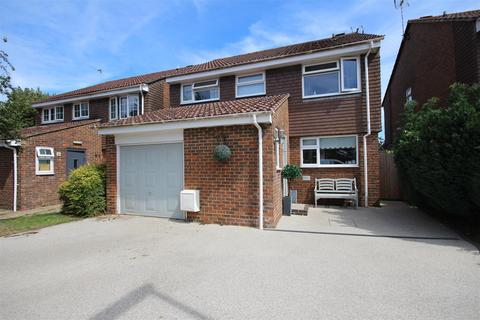 4 bedroom detached house for sale - Parsonage Road, Henfield