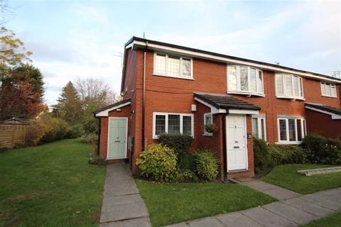 2 bedroom flat to rent - Cecil Road, Hale