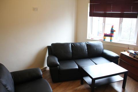 3 bedroom apartment to rent - Pennington Court, Woodhouse