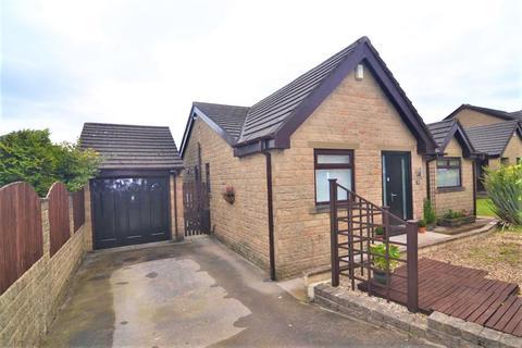 3 bedroom detached bungalow for sale - Edale Grove, Queensbury, Bradford