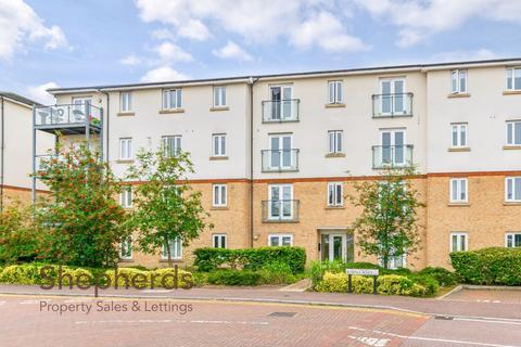 2 bedroom flat for sale - Sorbus Road, Turnford, Hertfordshire, EN10
