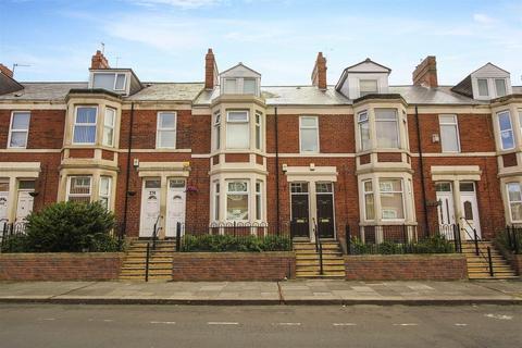 3 bedroom flat for sale - Sunderland Road, Gateshead