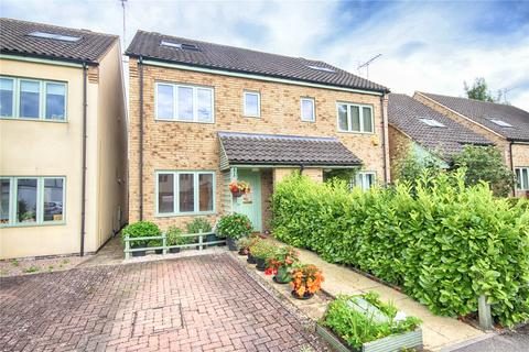 3 bedroom semi-detached house for sale - Bell View Close, Off Hewlett Road, Cheltenham, Gloucestershire, GL52