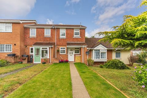 2 bedroom terraced house for sale - Garsdale Close, Bournemouth, Dorset BH11