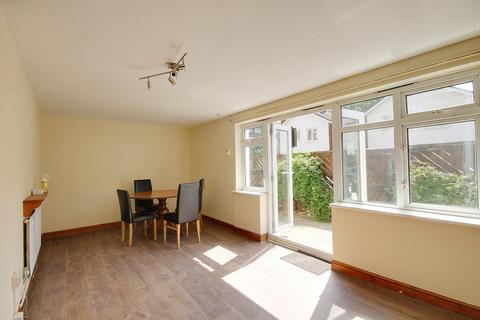 3 bedroom maisonette to rent - Oxford Road, Stratford. E15