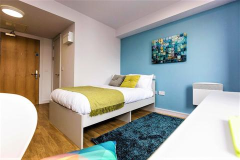 Studio to rent - Studio Apartment At Queensland Place Chatham Place, Liverpool, Merseyside, L7