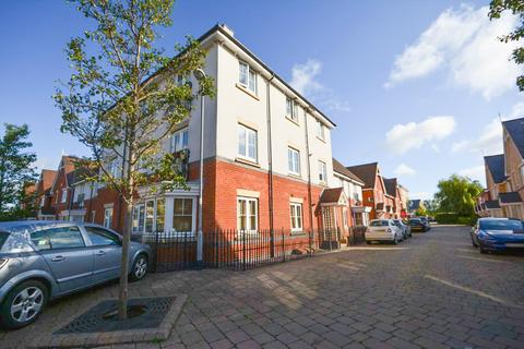 2 bedroom ground floor flat for sale - Shimbrooks, Great Leighs, Chelmsford, Essex, CM3