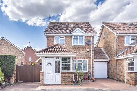 3 bedroom link detached house for sale - Hastoe Close, Hayes, Middlesex, UB4