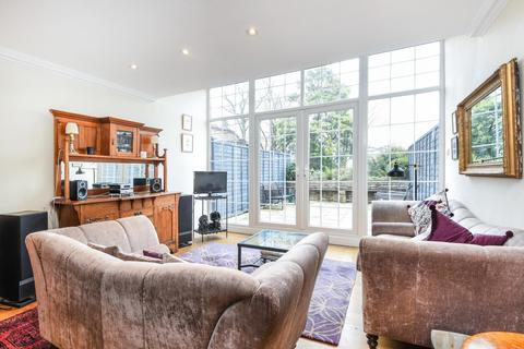 3 bedroom terraced house for sale - Netherleigh Close, Hornsey Lane, Highgate