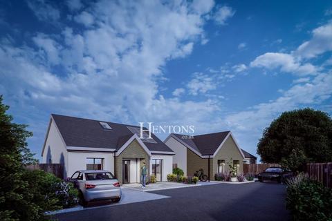 6 bedroom property with land for sale - School Lane, Gwaelod-y-garth, Cardiff