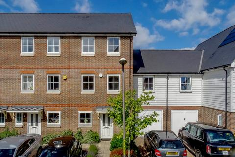 5 bedroom terraced house for sale - Campion Square, Dunton Green, Sevenoaks, Kent