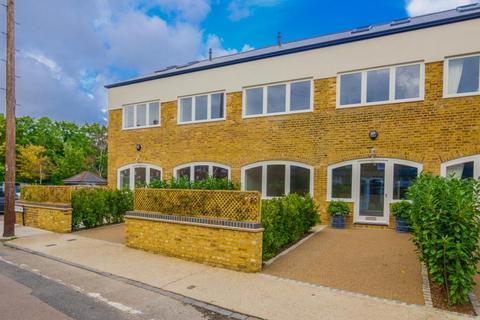 2 bedroom terraced house for sale - Gloucester Road, Kew, TW9