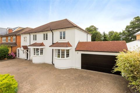 4 bedroom detached house for sale - Harrow Drive, Hornchurch, RM11