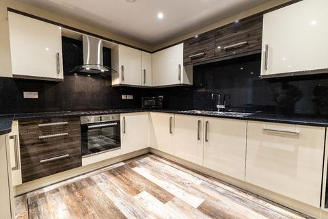 3 bedroom apartment to rent - 43 Ecco