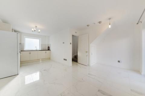 4 bedroom terraced house to rent - Barnfield Place, Isle of Dogs, London, E14