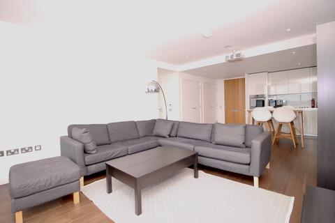 3 bedroom apartment to rent - The Strata, Walworth Road, Elephant and Castle SE1