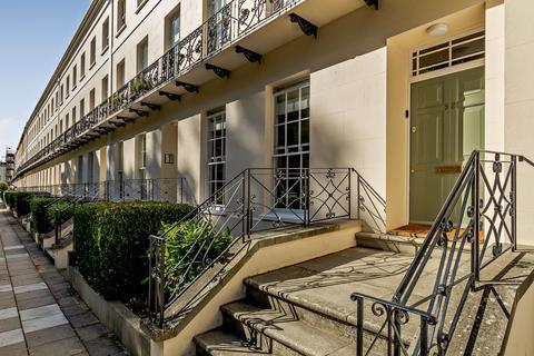2 bedroom flat for sale - Montpellier Spa Road, Cheltenham, Gloucestershire, GL50
