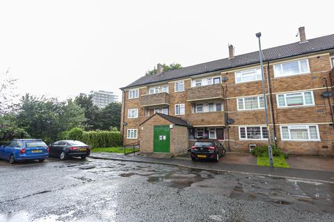 3 bedroom apartment for sale - Southend Avenue, Manchester, M15