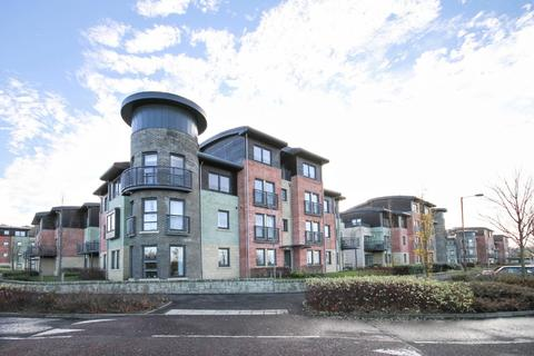 3 bedroom flat to rent - Meggetland View, Craiglockhart, Edinburgh, EH14 1XT