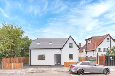 3 bedroom detached house for sale - Woodfield Way, Bounds Green, London, N11