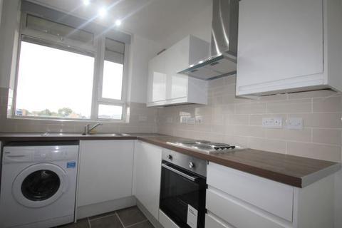 3 bedroom apartment to rent - Redington House, , Priory Green, , London