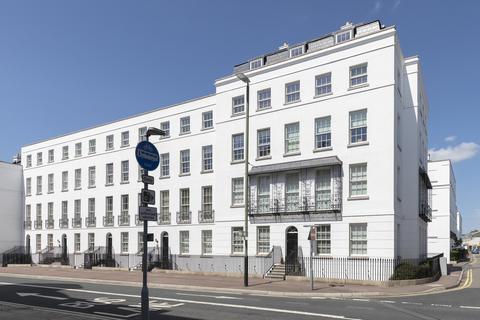 2 bedroom apartment to rent - Albion Street, Cheltenham GL52 2RQ