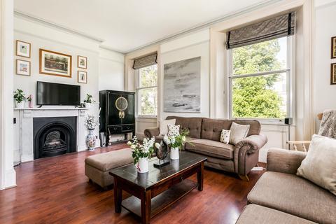 2 bedroom apartment to rent - Lansdown Road, Cheltenham GL51 6QB
