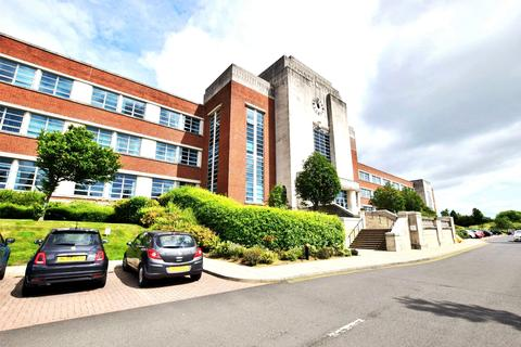 2 bedroom apartment for sale - High Heaton
