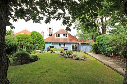 4 bedroom bungalow for sale - Lascelles Road, Bournemouth, BH7
