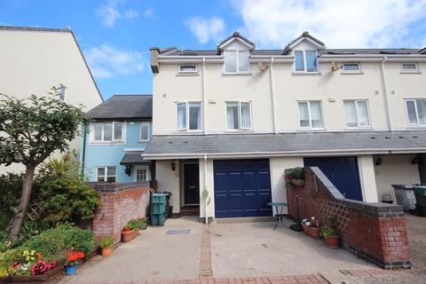 4 bedroom house for sale - Telford Close, Conwy