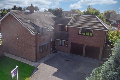 4 bedroom detached house for sale - Brookside, Ranton, Stafford