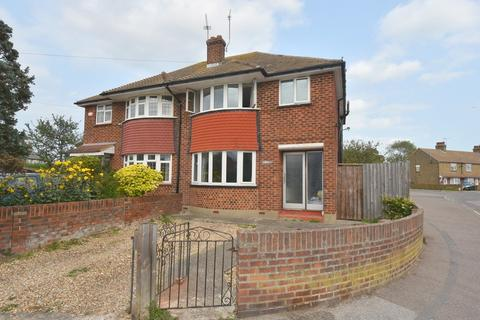 3 bedroom semi-detached house for sale - Norman Road, Broadstairs, CT10