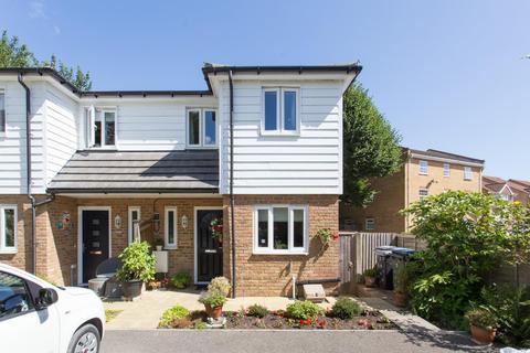 2 bedroom semi-detached house for sale - Ravenscourt Road, DEAL