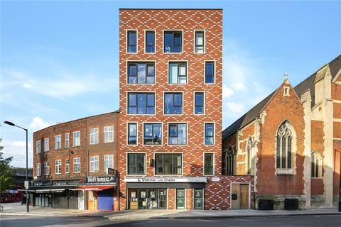 3 bedroom flat for sale - Aumbrey Apartments, Eastway, London, E9