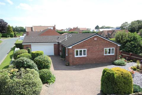 3 bedroom detached bungalow for sale - South Newbald Road, South Newbald, York