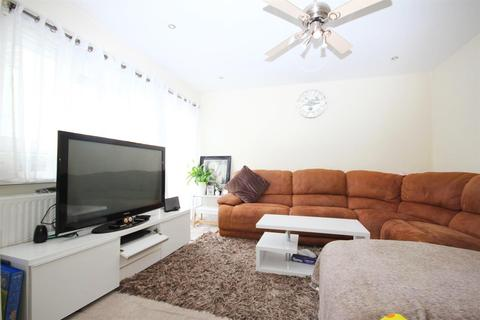 2 bedroom flat for sale - Richmond Way, London